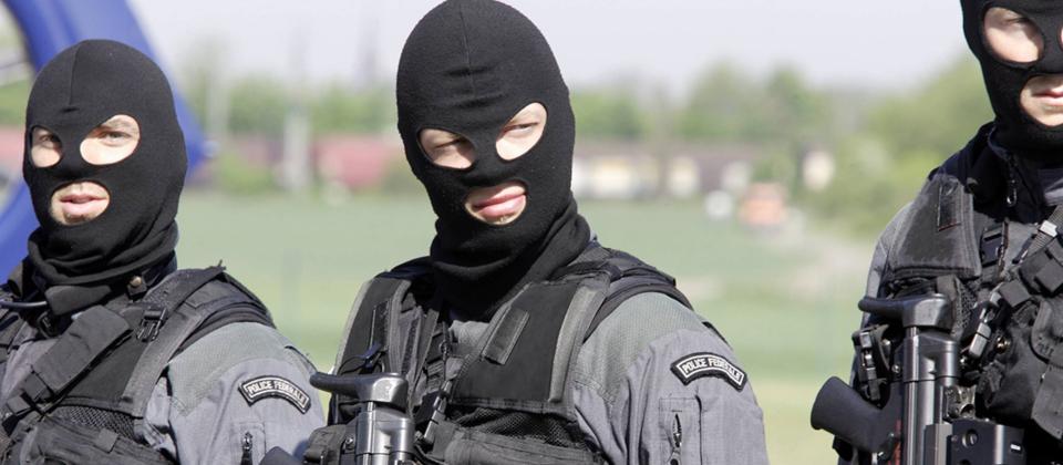GSG 9 Spezialeinheit bei einer Übung (Bild: imago images)