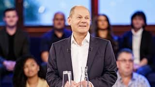 Olaf Scholz (SPD) steht in der ARD-Wahlarena