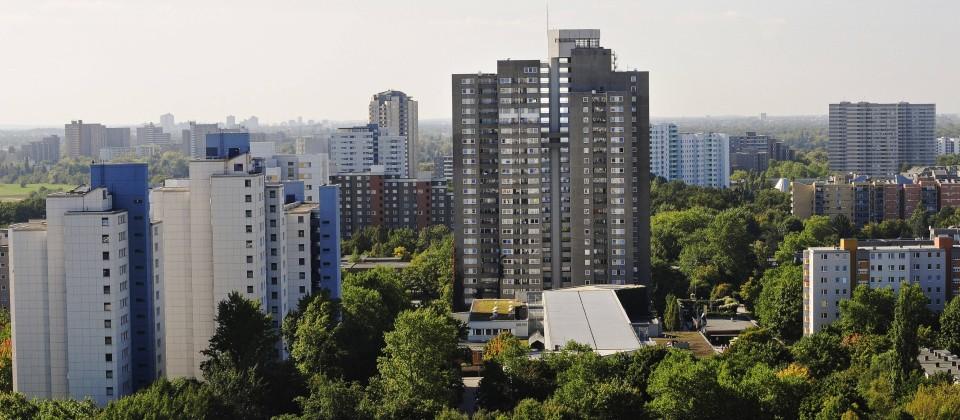 Blick von oben auf die Neuköllner Gropiusstadt. (Bild: imago/Cathrin Bach)