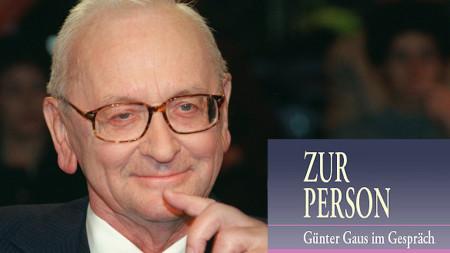 """Günter Gaus, Logo """"Zur Person"""" (Quelle: rbb/picture alliance/Klaus Franke)"""