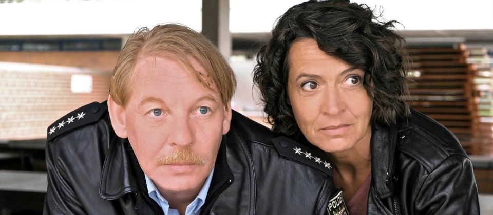 Ben Becker als Stefan Tries, Polizist in Zarten in der Westpfalz, Ulrike Folkerts als Lena Odenthal, Hauptkommissarin aus Ludwigshafen