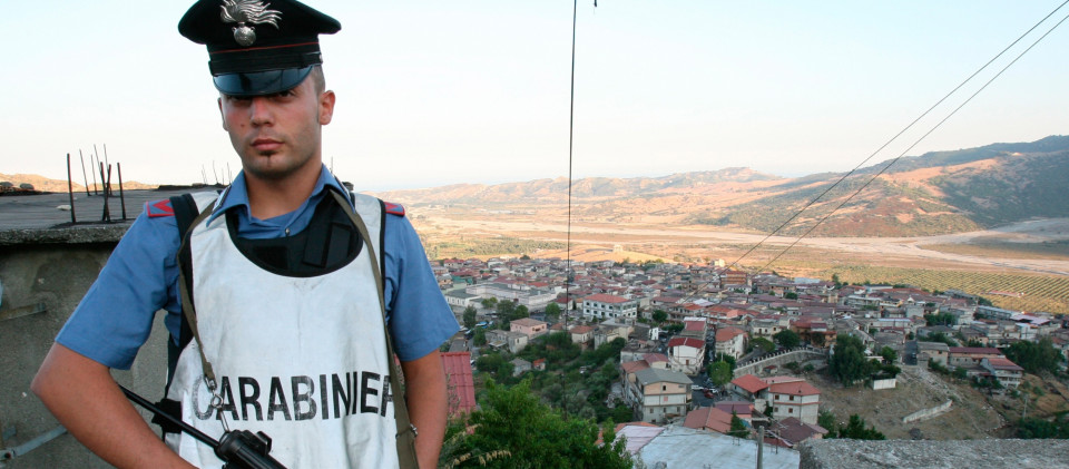 Ein Polizist der italienischen Carabinieri