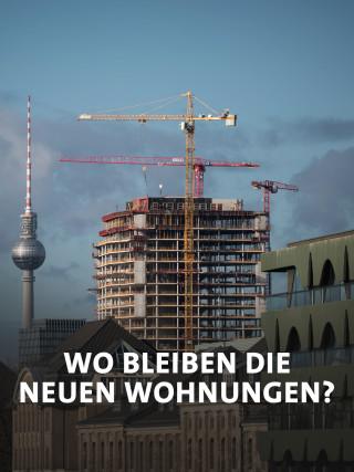 Baukran neben dem Berliner Fernsehturm