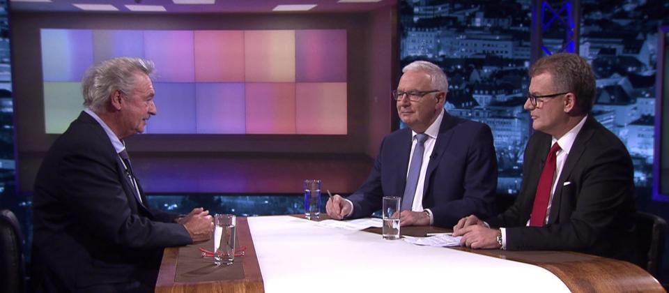 Foto: Peter Stefan Herbst (r.) und Norbert Klein (2.v.r.) im Gespräch mit dem luxemburgischen Außenminister Jean Asselborn