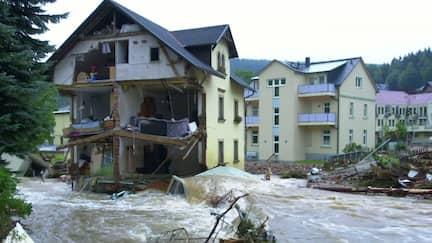 Der Katastrophenfluss Rote Weißeritz trifft Schmiedeberg