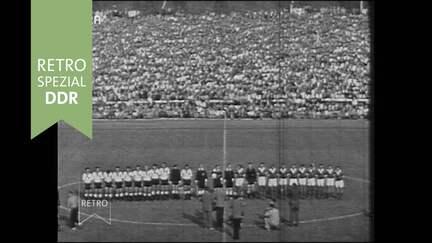 Fußball Olympia-Ausscheidungsspiel DDR - BRD