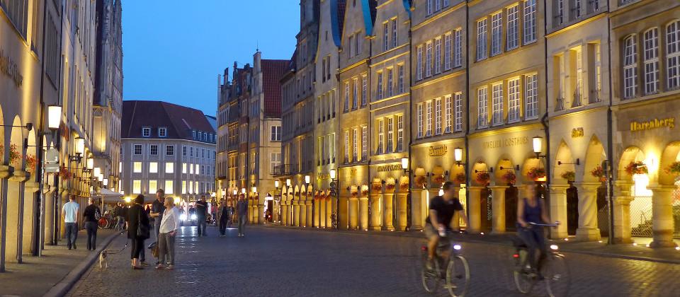 Der Prinzipalmarkt in Münster am Abend