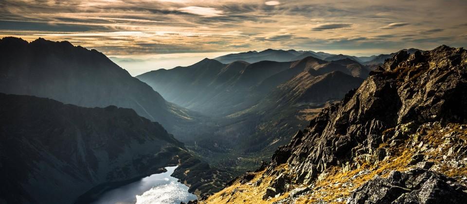 Berglandschaft der hohen Tatra in Polen. (Quelle: imago images / Panthermedia)