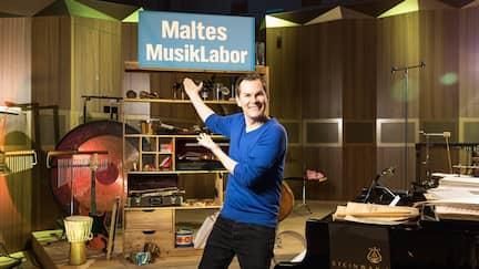 Malte Arkona in seinem Musiklabor