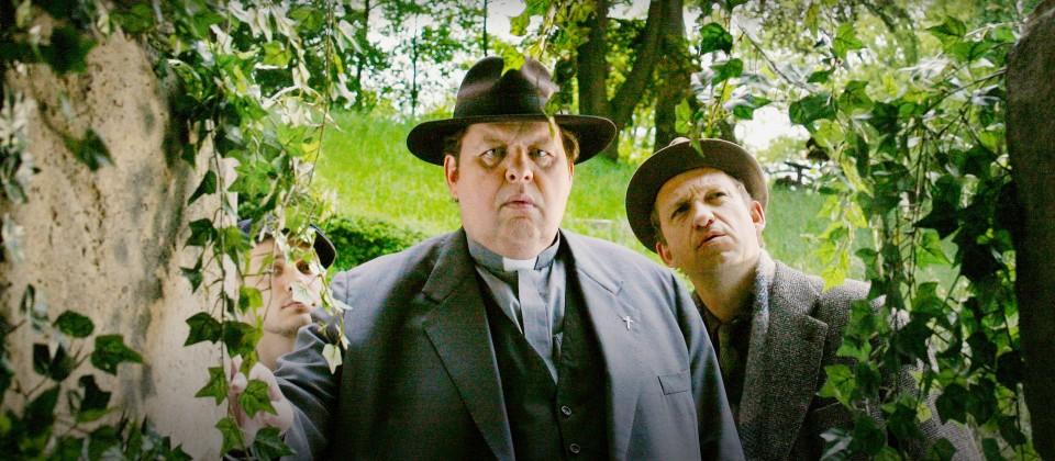 Braun gerät in einem Nonnenkloster unter Mordverdacht. (Quelle: ARD Degeto/Diane Krüger)