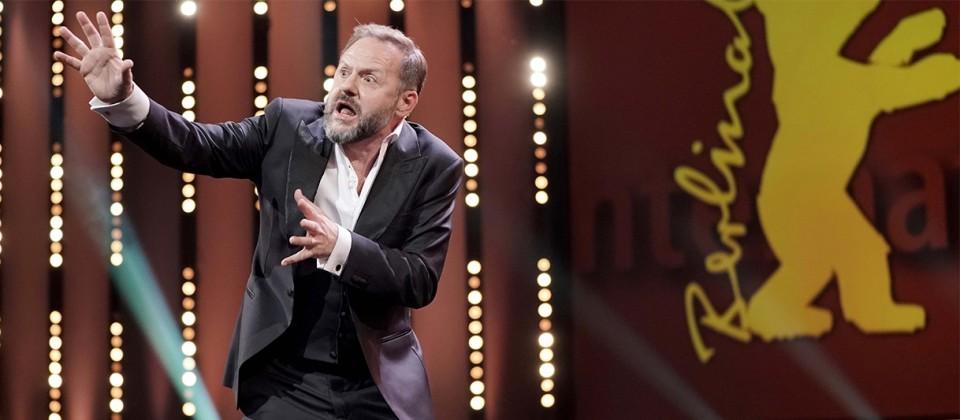 Samuel Finzi bei der Berlinale-Eröffnungsgala 20.02.2020, dpa/Michael Kappeler